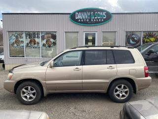 Used 2004 Toyota Highlander V6 AS-IS for sale in Mississauga, ON