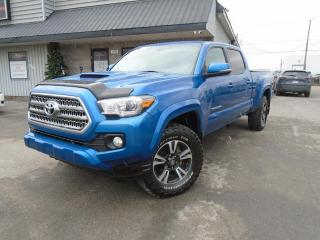 Used 2017 Toyota Tacoma TRD Sport Double Cab V6 4RM BA for sale in Mirabel, QC