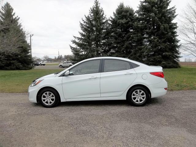 2012 Hyundai Accent GLS- ONE OWNER