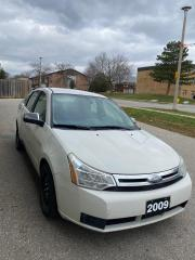 Used 2009 Ford Focus SE for sale in Cambridge, ON