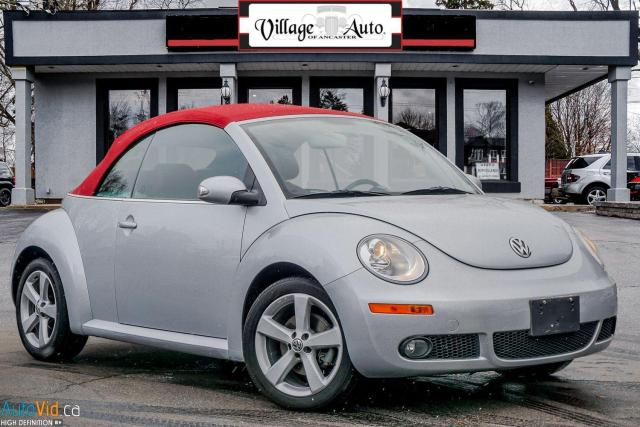 2009 Volkswagen New Beetle Silver-Red Edition