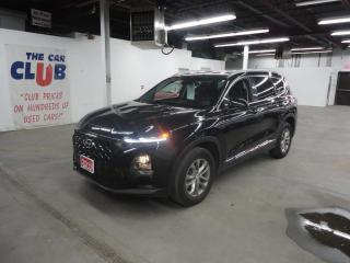 Used 2019 Hyundai Santa Fe 2.4L Essential AWD w-Safety Pkg-Dk Chrome Accent for sale in Ottawa, ON