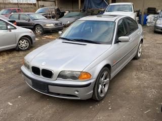 Used 2001 BMW 3 Series 320i for sale in Hamilton, ON