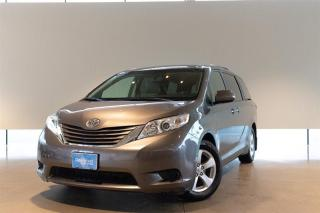 Used 2017 Toyota Sienna LE 8-Passenger V6 for sale in Langley City, BC