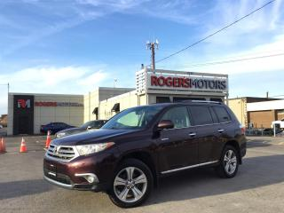 Used 2013 Toyota Highlander LTD 4WD - NAVI - 7 PASS - LEATHER - SUNROOF for sale in Oakville, ON