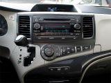 2014 Toyota Sienna SE|REARCAM|8 SEATS|SUNROOF|19 inch ALLOYS