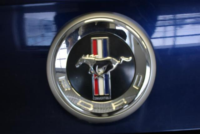 2011 Ford Mustang WE APPROVE ALL CREDIT