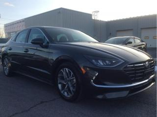 Used 2020 Hyundai Sonata Preferred - Apple CarPlay - Blindspot Detection for sale in Cornwall, ON