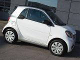 Photo of White 2016 Smart fortwo