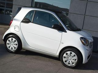 Used 2016 Smart fortwo NAVIGATION|LEATHER|HEATED SEATS for sale in Toronto, ON
