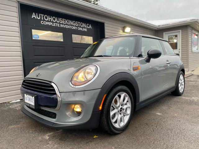2017 MINI Cooper HARDTOP - ONLY 30,000KMS