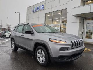 Used 2016 Jeep Cherokee Sport for sale in Lévis, QC