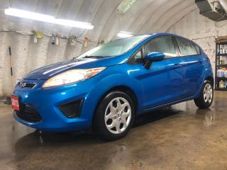 Used 2013 Ford Fiesta SE * Keyless entry * Climate control * Phone connect * Tilt steering * Intermittent front and rear wipers * Power windows/locks/mirrors * for sale in Cambridge, ON
