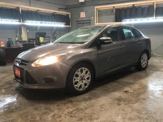 Used 2014 Ford Focus SE * Ford SYNC * Phone connect * Voice recognition * Climate control * Cruise control * Trip computer * Keyless entry * Hands free steering wheel cont for sale in Cambridge, ON