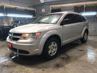 Used 2010 Dodge Journey SE * Keyless entry * Phone connect * Climate control * Traction control * Intermittent wipers * for sale in Cambridge, ON