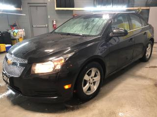 Used 2014 Chevrolet Cruze LT * Cruise control * Climate control front manual controls with air filtration system and air conditioning * Mirrors outside heated power adjustab for sale in Cambridge, ON