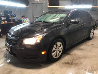 Used 2014 Chevrolet Cruze LT * 1.4L Turbo * Back Up Camera * Cruise Control * Steering Wheel Controls * On Star * Touch Screen Radio * Keyless Entry * Automatic Headlights * for sale in Cambridge, ON