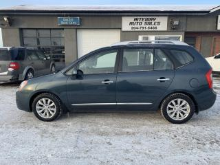 Used 2011 Kia Rondo EX for sale in Headingley, MB