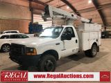 Photo of White 2000 Ford F-550