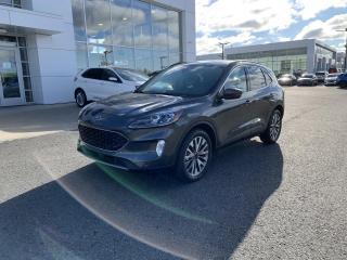 Used 2020 Ford Escape Titanium TI for sale in Victoriaville, QC