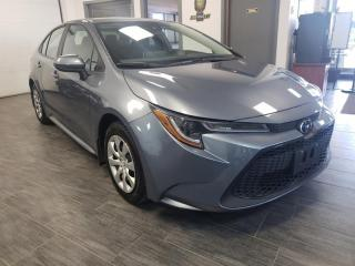 Used 2020 Toyota Corolla LE for sale in Châteauguay, QC