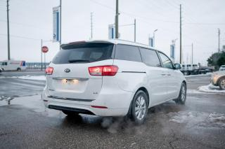 Used 2016 Kia Sedona LX+POWER DOORS/REAR CAMERA for sale in Concord, ON