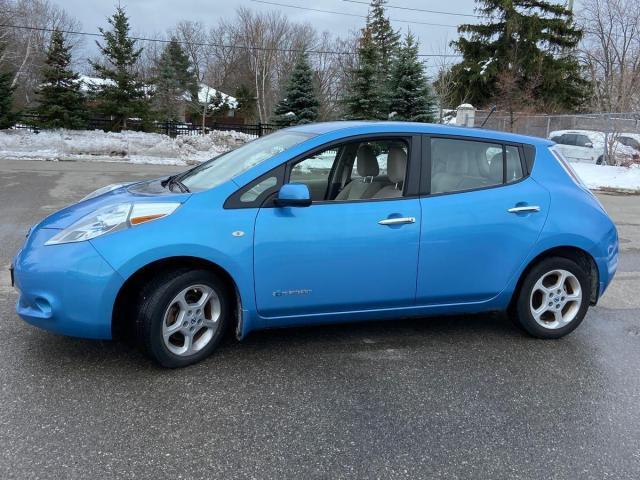 2011 Nissan Leaf SL Hatchback- ONE OWNER