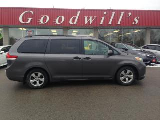 Used 2011 Toyota Sienna LE! CLEAN CARFAX! VERY WELL MAINTAINED! for sale in Aylmer, ON