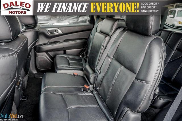 2015 Nissan Pathfinder SL / 7 PASS / LEATHER / HEATED SEATS / LOADED Photo12