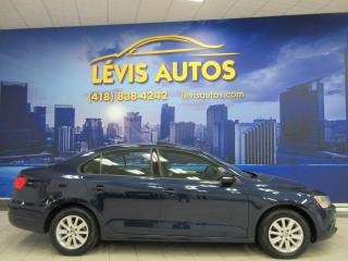 Used 2013 Volkswagen Jetta COMFORTLINE MANUEL TOIT OUVRANT AIR CLIM for sale in Lévis, QC