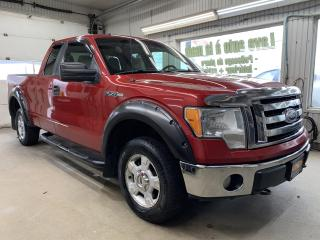 Used 2010 Ford F-150 4WD SuperCab 145  XLT for sale in St-Raymond, QC