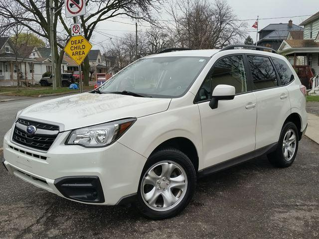 2017 Subaru Forester i Pzev Wagon AWD Pearl White Very Low Km's Priced Right!!!