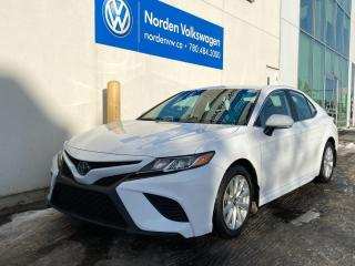 Used 2019 Toyota Camry SE AUTO - LEATHER / HEATED SEATS for sale in Edmonton, AB