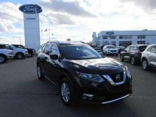 Used 2019 Nissan Rogue SV 4dr AWD Sport Utility for sale in Lacombe, AB