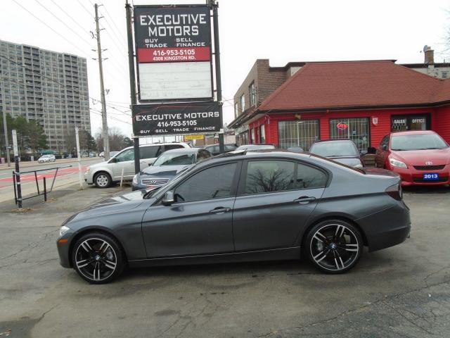 2012 BMW 3 Series 320i/ LEATHER / ALLOYS / SUNROOF / PUSH START /A/C