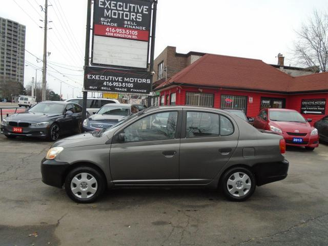 2005 Toyota Echo LOW KM / LIKE NEW / FUEL SAVER / ECONOMICAL /CLEAN