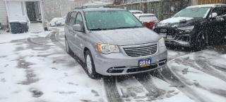 Used 2014 Chrysler Town & Country TOURING for sale in Scarborough, ON
