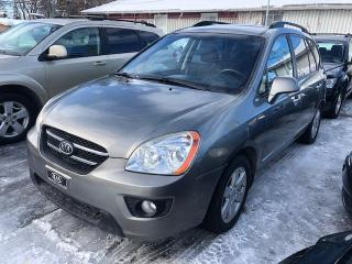 Used 2009 Kia Rondo for sale in Laval, QC