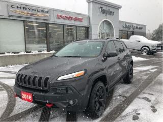 Used 2016 Jeep Cherokee Trailhawk 4x4 V6 w/Leather, Navi, Sunroof, Safety for sale in Hamilton, ON
