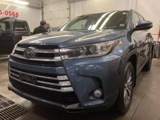 Used 2018 Toyota Highlander XLE for sale in Halifax, NS