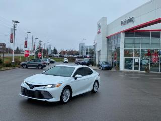Used 2018 Toyota Camry HYBRID XLE for sale in Pickering, ON