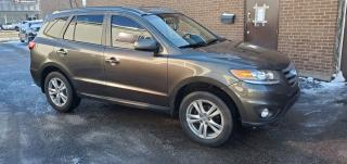 Used 2012 Hyundai Santa Fe LIMITED for sale in North York, ON