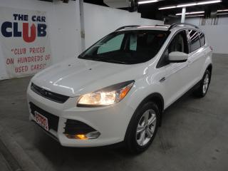 Used 2016 Ford Escape 4WD 4dr SE w/ Panorama Sunroof & Navigation for sale in Ottawa, ON