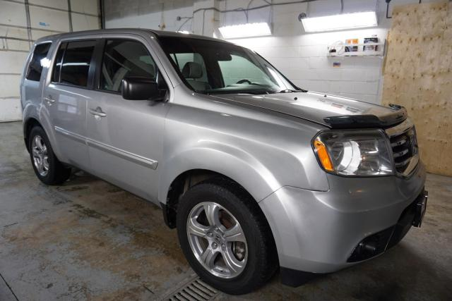 2012 Honda Pilot LX 4WD 8 PSSNGRS CERTIFIED 2YR WARRANTY *ACCIDENT FREE* BLUETOOTH TOW HITCH ALLOYS CRUISE