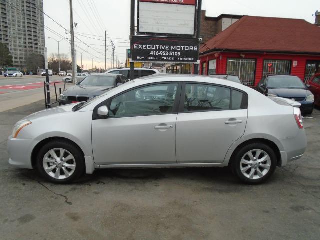 2011 Nissan Sentra 2.0 S/ LOW KM / CLEAN / PWR WINDOWS / PWR LOCKS /