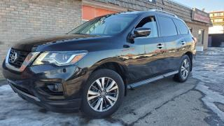 Used 2017 Nissan Pathfinder 4WD 4dr SL LEATHER, SUN ROOF, 360 CAM for sale in Calgary, AB