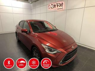 Used 2019 Toyota Yaris XLE - CAMERA DE RECUL - SIÈGES CHAUFFANTS - MAGS for sale in Québec, QC