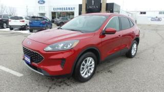 Used 2020 Ford Escape SE for sale in New Hamburg, ON