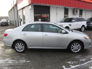 Used 2012 Toyota Corolla LE $7,995+HST+LIC FEE / CERTIFIED / SUNROOF / HEATED SEATS for sale in North York, ON