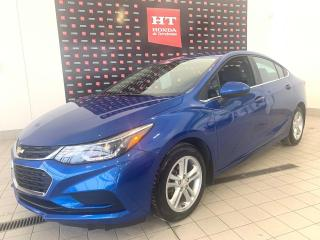 Used 2017 Chevrolet Cruze Lt toit ouvrant for sale in Terrebonne, QC
